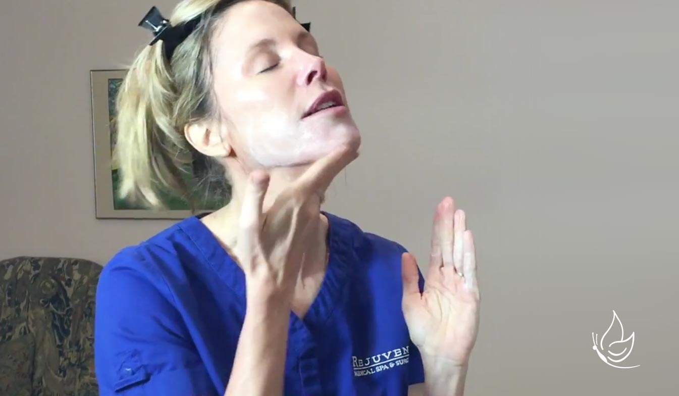 Dr Bomer puts on a skincare mask